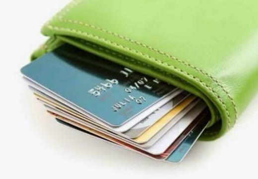 Bolehkah Mengunakan Kartu Kredit Saat Kondisi Mendesak?